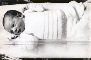 amandine-le-jour-de-sa-naissance-le-24-fevrier-1984-a-l-hopital-antoine-beclere-de-clamart-dans-les-hauts-de-seine-photo-d-archive-1433506900